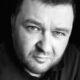 Антикоррупционный эксперт Олег Мальцев снял документальный фильм «Дыры»